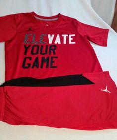 Mens sm KD shirt and Adidas shorts with Nike Elite sox 8