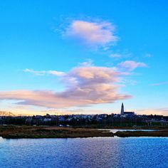 Though I'll take the country over the city any day I do quite enjoy Reykjavik's skyline and relaxed vibe... This is one city that I could get used to. #Countrymouse or #Citymouse?  #skyline #Reykjavik #iceland #everydayiceland #mystopover #igers_iceland #travelgram #travel #cityscape #explore #wander #clouds
