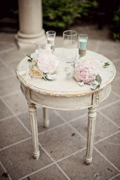 prettie-sweet:  (via Blog   Found Vintage Rentals   Rent Vintage Furniture in Southern California for Weddings, Events, Parties, Photo Shoot...