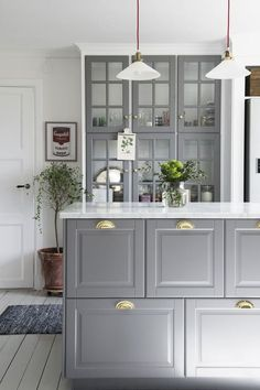 Kitchen cabinet design for apartment apartment therapy kitchen cabinet hacks that boost your kitchen style apartment . kitchen cabinet design for apartment Ikea Kitchen Design, Kitchen Cabinet Design, Interior Design Kitchen, Kitchen Decor, Kitchen Ideas, Grey Kitchens, Home Kitchens, Bodbyn Kitchen Grey, Grey Ikea Kitchen