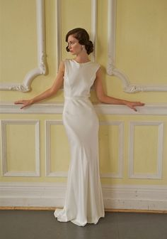 Vintage Dresses - Finding the Perfect Era to Suit Your Shape | The Wedding Community