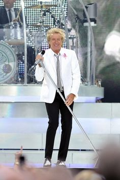 I've seen Rod Stewart in concert - 6 times. I'm beyond fortunate.
