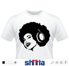 DJ, DJane im Afro-Look