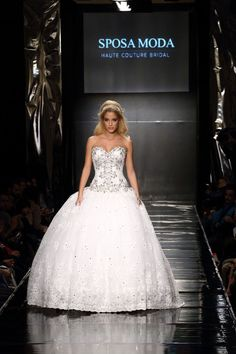 Sposa Moda Celebrity Collection Ball Gowns, Fashion Show, Celebrity, Photo And Video, Bridal, Luxury, Formal Dresses, Collection, Instagram