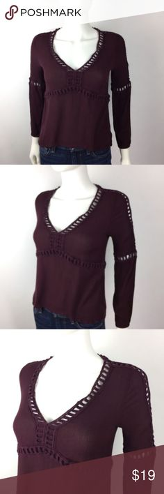 Wild Blue Sadie Robertson Sz S Burgundy Boho Top Wild Blue Sadie Robertson Womens Knit Top Sz S Burgundy Boho Peasant Casual   *Please make sure to check measurements below, to ensure a proper fit. Buy with confidence, we stand behind all our products!  Type: Top Style: Knit Top Brand: Sadie Robertson Materials: Rayon Color: Burgundy Measurements (approximate- laying flat)   Size: S   Bust (underarm to underarm): 17   Length: 20 Condition: Gently pre-owned Country of Manufacture: China…