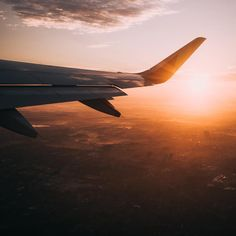 Environmental expert Gay Browne offers her practical tips on sustainable travel, including how to reduce your carbon footprint after air travel. Slow Travel, Air Travel, Travel Tips, Provence, Iceland Air, Bon Plan Voyage, Grand Canyon, Good Poses, Seen