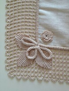 How To Make Stylish Poncho - Crochet İco - Diy Crafts Crochet Towel, Crochet Poncho, Filet Crochet, Irish Crochet, Lace Knitting, Double Crochet, Crochet Borders, Crochet Stitches Patterns, Crochet Motif