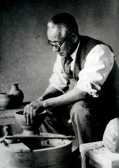 KAWAKITA Handeishi (1878~1963), Japanese politician and potter
