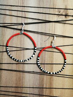 In red and black ! par Dona Quichotte sur Etsy
