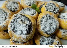 Mrkvové minikoláčky s povidly recept - TopRecepty.cz Biscuit Cookies, Home Food, Desert Recipes, Camembert Cheese, Biscuits, Food And Drink, Baking, Breakfast, Cake