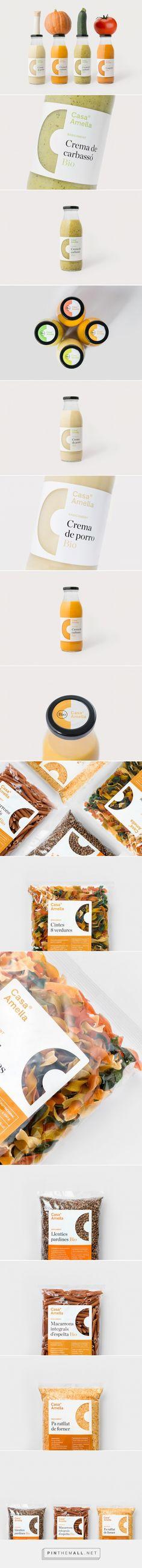 Casa Amella packaging designed by Bisgràfic - http://www.packagingoftheworld.com/2015/10/casa-amella.html