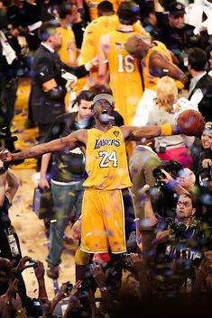 Kobe Bryant Nba, Lakers Kobe Bryant, 2001 Nba Finals, Kobe Bryant Tattoos, Kobe Bryant Michael Jordan, Photographie Indie, Kobe Bryant Pictures, Kobe Bryant Black Mamba, Nba Pictures
