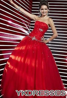 Shop for ball dresses NZ, formal ball gowns online with Pickedlooks. Affordable long or short evening gowns from the Most Trusted Ball Dress Store. Pretty Quinceanera Dresses, Cheap Prom Dresses, Ball Dresses, Dresses 2013, Prom Gowns, Homecoming Dresses, Wedding Dresses, Quince Dresses, Grad Dresses