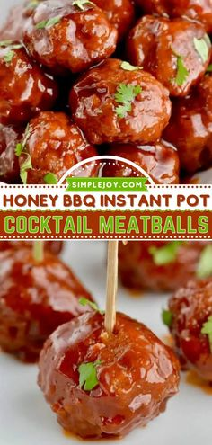An easy homegating recipe and tailgate food for football season! Served in a mouthwatering honey BBQ sauce, these Instant Pot cocktail meatballs will be the first to go at game day gatherings. Save this crowd-pleasing appetizer recipe! Honey Barbecue Sauce, Honey Bbq, Appetizers For Party, Appetizer Recipes, Cocktail Meatballs, Tasty Meatballs, Tailgate Food, Create A Recipe, Potato Skins