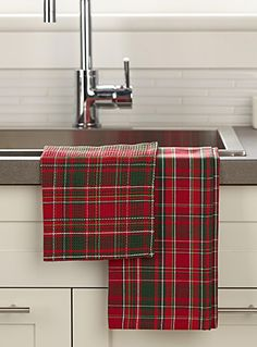 Home Decor: Shop the Best Home Decor Online in Canada Tartan Christmas, Cottage Christmas, Tartan Decor, Tartan Plaid, Scottish Plaid, Scottish Tartans, Celtic, Home Decor Online, Buffalo Plaid