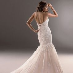Sweetheart Mermaid Lace Wedding Dresses with Corset Back  #wedding #dresses #dress #lightindream #lightindreaming #wed #clothing #gown #weddingdresses #dressesonline #dressonline #bride  http://www.lightindreaming.com/sweetheart-mermaid-lace-wedding-dresses-with-corset-back-p-154.html