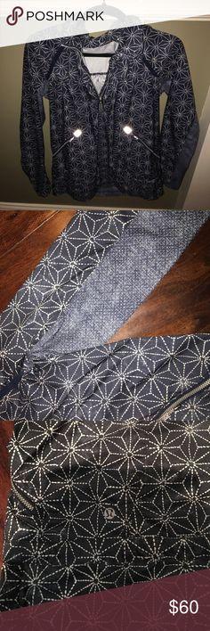 Lululemon Jacket Navy Lululemon wind breaker!! Brand new never worn! Size 10! lululemon athletica Jackets & Coats