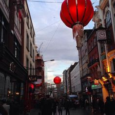 We  Chinatown! Thanks to @lillyolilly for this great picture. #vietfood #vietfoodlondon #asia #asianfood #hungry #london #soho #delicious #restaurantsinlondon #foodies #londonfoodies #vietnamese