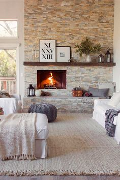 Nothing makes a room feel much more comfy than a fireplace. When it's modern, traditional, farmhouse, or something entirely different, a living room which has a fireplace feels much more welcoming than one which does not. Big Living Rooms, Home Living Room, Living Room Decor, Living Spaces, Living Area, Cozy Living, Living Room Brick Wall, Family Rooms, Home Fireplace