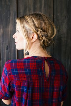 Tutorial: A simple braided updo perfect for romantic walks and crisp fall days.