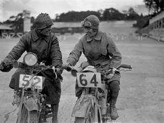 Foley and Miss L. Ball, entrants in the International Six Days Reliability Trials, at Brooklands race track in England, 32 Badass Vintage Photographs Of Women And Motorcycles Vintage Cycles, Vintage Bikes, Photo Vintage, Triumph, Biker Chic, Old Bikes, Lady Biker, Female Photographers, Vintage Motorcycles