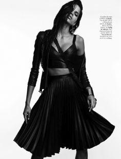 raica9 Elle Espanha Junho 2014 | Raica Oliveira por  Juan Aldabaldetrecu  [Editorial]