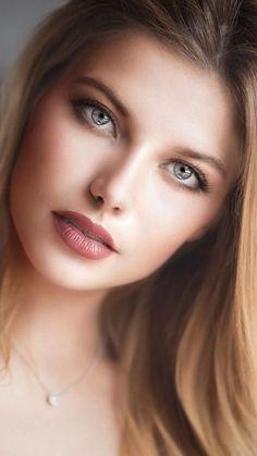 Eyes so Wise ! Most Beautiful Eyes, Stunning Eyes, Gorgeous Eyes, Beautiful Girl Image, Pretty Eyes, Beautiful Women, Beautiful Clothes, Cute Beauty, Real Beauty