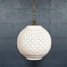 Regency White Ceramic Pendant Lamp