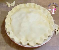 Is there anything better than homemade flaky pie crust? Also known as Pâte Brisée in French. This is the basic unsweetened all-purpose pie crust recipe you are going to need for your pies, quiches, and often tarts too. It's buttery, flaky and tender. And if you love making the pastry, this flaky pie crust is a must-have skill. Today I share my no-fail method to making a single or double pie crust from scratch using my hands as well as a food processor. #piecrust #homemadepiecrust #... Double Pie Crust Recipe Butter, Butter Pie, Pie Crust From Scratch, Dessert From Scratch, Homemade Pie Crusts, Pie Crust Recipes, Food Processor Pie Crust, Food Processor Recipes, Quiche Pie Crust