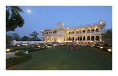 TalaiBagh Palace - Situé à Jaipur, à 5 km de la forteresse d'Amber, l'hôtel TalaiBagh Palace propose un restaurant et une connexion Wi-Fi gratuite dans tout l'établissement. Il offre une vue sur le jardin et dispose d'une piscine extérieure. Adresse TalaiBagh Palace: Pili ki talai, Patelon Ki Dhani, Near Kunda Mod, Main Delhi Highway 302028 Jaipur