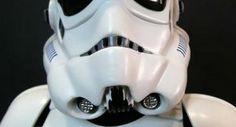"""Un soldat imperial din """"Star Wars"""" îi """"ameninţă"""" pe turiştii din Mamaia - dc86e5c1b77c661891d91aeca52ad8b6.jpg"""