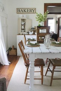 We'd love to dine in this fabulous farmhouse dining room!