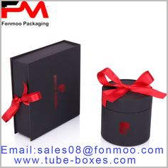 Black cardboard gift box packaging, rectangular or cylindrical card box packaging with logo, red scarf as a gift knot Round Gift Boxes, Gift Boxes With Lids, Box With Lid, Gift Box Packaging, Custom Packaging, Packaging Design, Cardboard Gift Boxes, Red Scarves, Knot