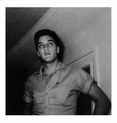 """RARE - Elvis at the Beverly Wilshire Hotel in Los Angeles, CA - Thursday, August 25, 1960. (Thnx to Anthony King for this pic.) EP was in Los Angeles for the production of his sixth movie """"Flaming Star"""", and RCA (Colonel Parker) needed some new stills for covers of the next single and album release.The little pin on Elvis's chest is his black belt karate pin. See photos from the photo shoot with photographer Don Cravens: http://elvicities.com/~epss/gallery/publicity-photo-shoot-1960-"""