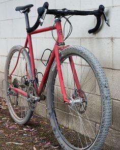 #fixie #fixedgear #bicycle #bicycleporn #single #speed #bike #fixieporn #carbon #track #fixedgear #cycling #fast #roadbike #cycling #rider #fun #follow #followme by zachos_bikes