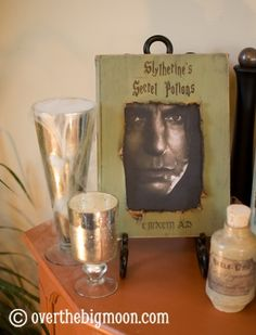 Potions Book with Moving Snakes!