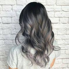 57 отметок «Нравится», 1 комментариев — Hairkingz  (@hair_kingz) в Instagram: «Grey ombrehair by #hairqueen @loveisinthehair_byjanet   Tag your work with #hairkingz to get a…»