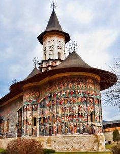 The Painted Monasteries are maybe one of the most significant sites in Romania. The Orthodox temples are situated in Bukovina Places Around The World, Around The Worlds, Saint Marin, Visit Romania, Sacred Architecture, Old Churches, Carl Sagan, Place Of Worship, Kirchen