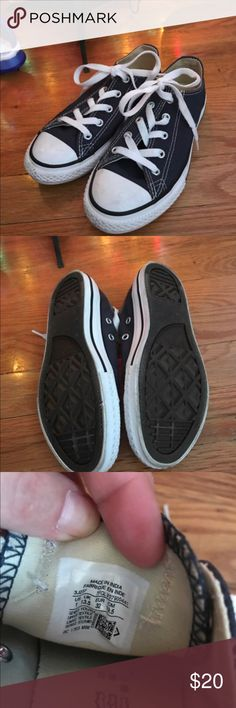Boys Converse Size 1 Only worn once - in dark blue. Great low tops for your. Little guy.   Love it?  Make an offer and it's yours! Everything in my closet must go! 🍍 Converse Shoes Sneakers