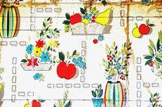 Original 1960's kitchen wallpaper discovered during decorating    https://twitter.com/LilTheCat1  www.lilscatworld.net