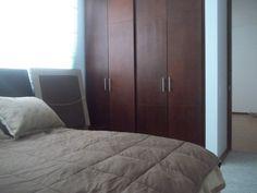 Alcoba 1 con doble closet y ventana