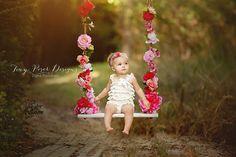1st Birthday Photoshoot, Photoshoot Themes, Toddler Photoshoot Girl, Summer Family Photos, Fall Family, Family Pictures, One Year Pictures, Birthday Girl Pictures, Baby Girl Pictures