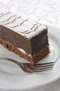 Czekoladowo - cynamonowe ciasto z bezą
