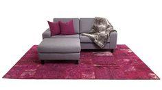 Liten och smidig soffa, minimalistiskt designad – 5000 kr på Sweef.se!
