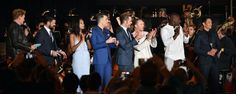 Para quem esteve presente no painel de Star Trek, na San Diego Comic Con 2016, houve uma sessão exclusiva de Star Trek Sem Fronteiras na preview night. A sessão foi realizada ao ar livre, num telçao em Imax, pela primeira vez e teve a participação de todo o elenco e o produtor J. J. Abrams, rendendo homenagens aos 50 anos de Star Trek e aos falecidos Leonard Nimoy e Anton Yelchin.