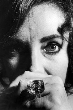 La bague de fiançailles en diamant de Elizabeth Taylor