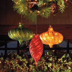 The giant, magical Illuminated Hanging Onion Ornament makes it brilliantly easy to trim outdoor trees and porches, and high indoor ceilings. A host of bright lights twinkle within the clear and glitter-frosted decoration. Winter Holidays, Christmas Holidays, Outdoor Trees, Outdoor Decor, Glitter Frosting, Outdoor Christmas Decorations, Holiday Decor, Deer Ornament, Deco Originale