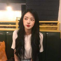 Girl ・ ゚ ✧・゚ ✧・゚ Madonna - Hot Girls Ulzzang Girl Fashion, Korean Girl Fashion, Ulzzang Korean Girl, Cute Korean Girl, Cute Asian Girls, Beautiful Asian Girls, Korean Beauty, Asian Beauty, Chica Cool