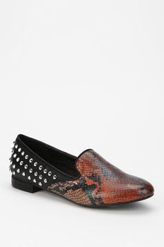 Animal skin plus spikes. Cool.