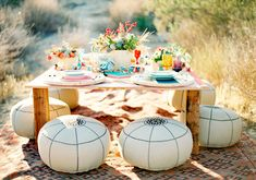 So relaxed and I love the colors! HEY LOOK: DIY projects